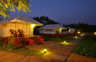 About Accommodation & The Sher Garh Resort Ranthambore - Air Condition and Luxury Tent ...